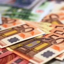 Geld lenen van de bv kost geld!